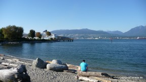 Der Portside Park in Vancouver mit Blick auf North Vancouver